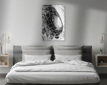 Ein abstraktes schwarzes weißes Foto der Architektur von Cynthia Hasenbos