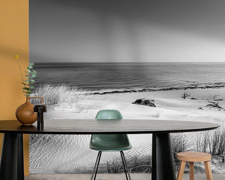 Beispiel fototapete: Dünen und das Meer in schwarz weiß von Sascha Kilmer