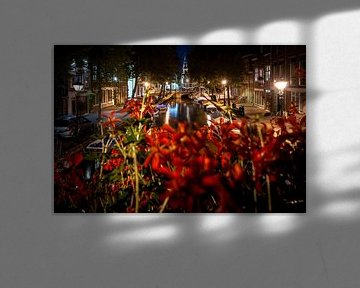 Blick über die alten Kanäle und das Stadtzentrum von Alkmaar von Fotografiecor .nl