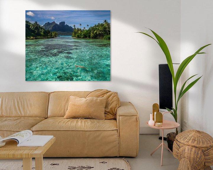 Sfeerimpressie: Drijven in lagune van Bora Bora van Ralf van de Veerdonk