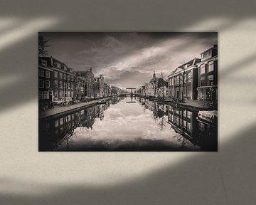 Leiden ochtend, zwartwit van Jordy Kortekaas