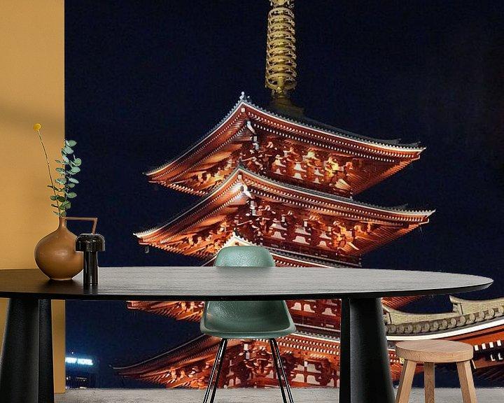 Sfeerimpressie behang: Senso-ji pagode bij nacht in Tokio, Japan van Aagje de Jong