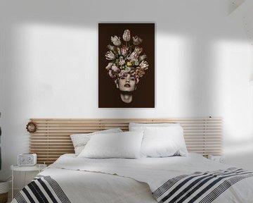 Tulp (bruine achtergrond)