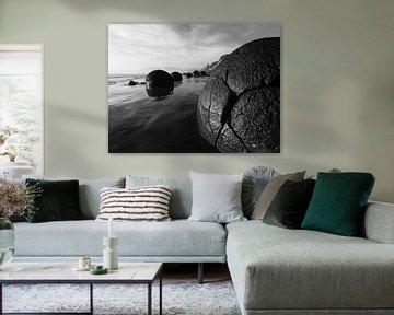 """Buitenaardse """"boulders"""" in Moeraki, Nieuw-Zeeland von J V"""
