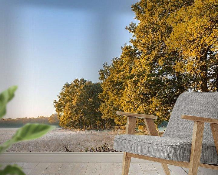 Sfeerimpressie behang: Koele Herfstochtend van Stephan van Krimpen