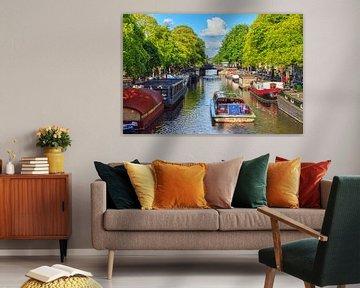 Rondvaart Amsterdam in de zomer van Dennis van de Water