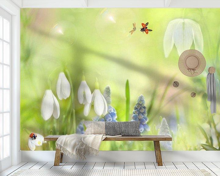 Sfeerimpressie behang: Lente met sneeuwklokjes van Teuni's Dreams of Reality