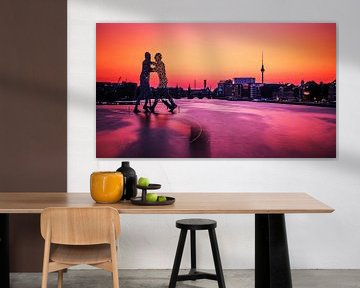 Berlin – Skyline im Sonnenuntergang / Molecule Man sur Alexander Voss