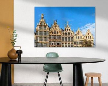 Gevels aan de Grote Markt in Antwerpen van Dennis van de Water