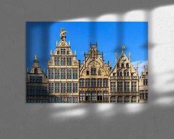 Grote Markt gevels in Antwerpen van Dennis van de Water