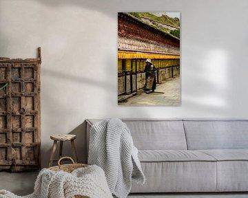 Traditionele Tibetaanse pelgrim van Zoe Vondenhoff