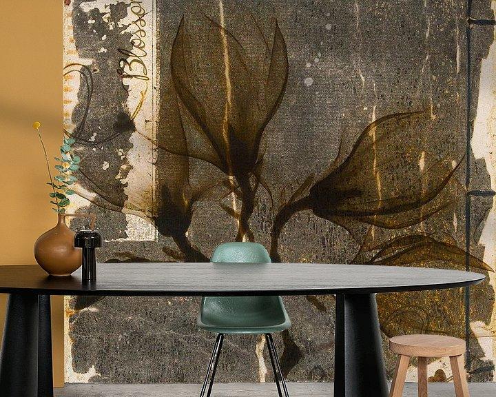 Sfeerimpressie behang: Blossom - magnolia van Studio Papilio
