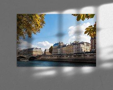 Blick auf Gebäude an der Seine in Paris, Frankreich von Rico Ködder