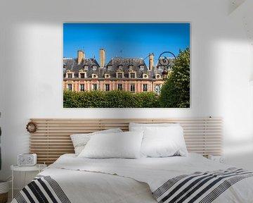 Blick auf den Place des Vosges in Paris, Frankreich von Rico Ködder