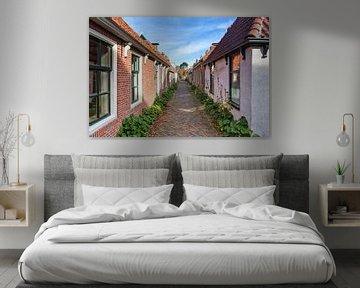 In Garnwerd, de smalste dorpstraat van Nederland van Evert Jan Luchies