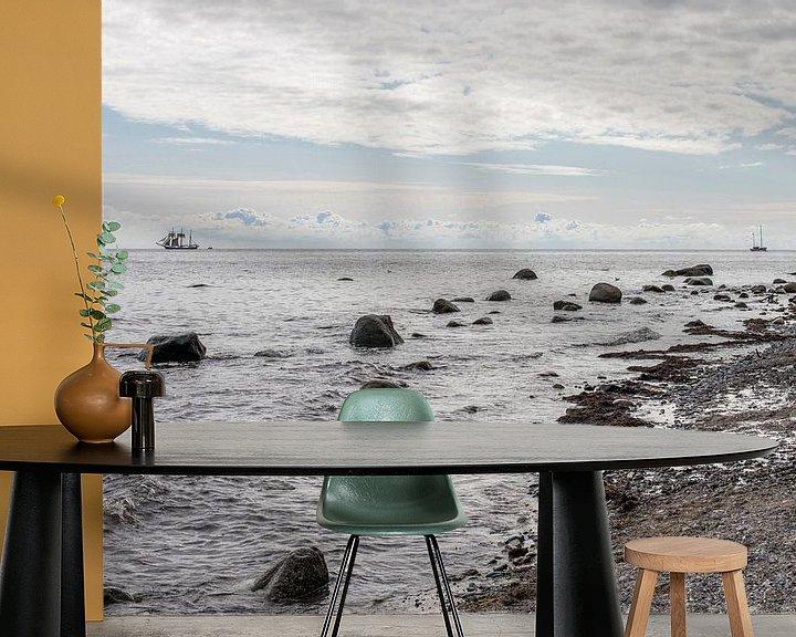 Sfeerimpressie behang: Driemaster voor de kust van Denemarken van Hanneke Luit