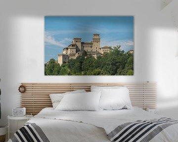 Indrukwekkend kasteel Castello di Torrechiarain Italië
