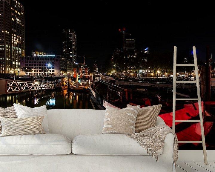 Sfeerimpressie behang: Rotterdam bij Nacht de haven. van Brian Morgan