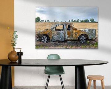 uitgebrande auto van Hanneke Luit