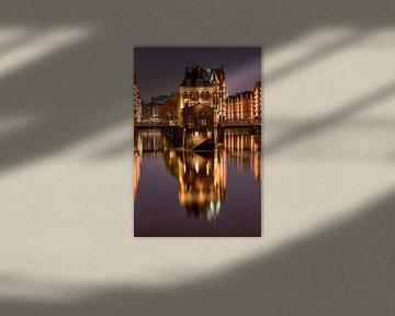 Le Wasserschloss dans la Speicherstadt, Hambourg sur Jenco van Zalk