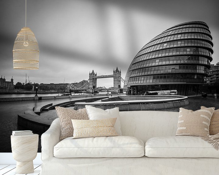 Sfeerimpressie behang: City Hall en Tower Bridge van Ronne Vinkx