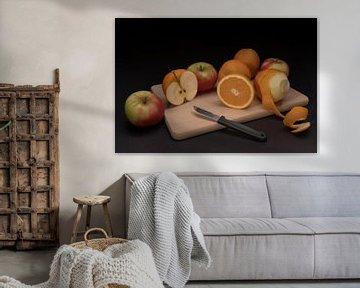 Surrealistisch stilleven van fruit  van Tonko Oosterink