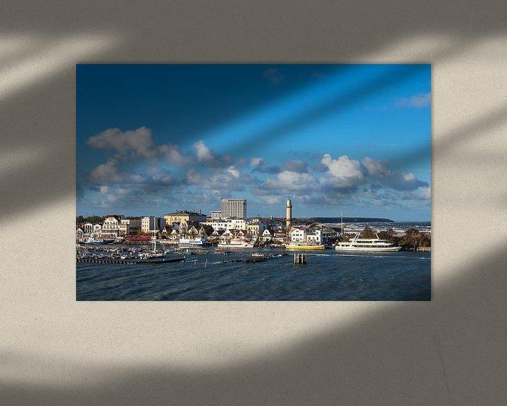 Beispiel: Blick auf den Leuchtturm und Teepott in Warnemünde von Rico Ködder