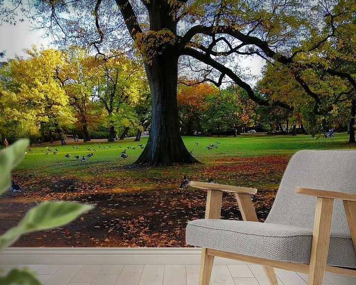 Sfeerimpressie behang: im Eichenpark van Peter Norden