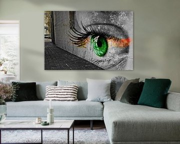 The eye on the wall