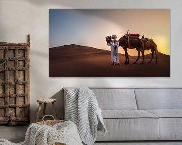 Berber met zijn kamelen van Jesse Barendregt