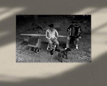 Cowboys in Noorwegen met een hond von Rob van Dam