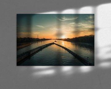 Zonsondergang op het Albertkanaal