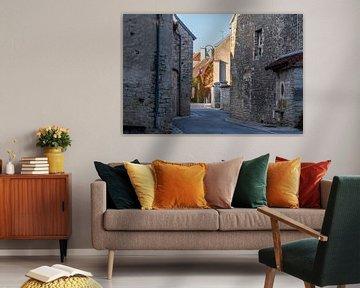 Frans straatje in zonnige herfstkleuren von Arjen Tjallema