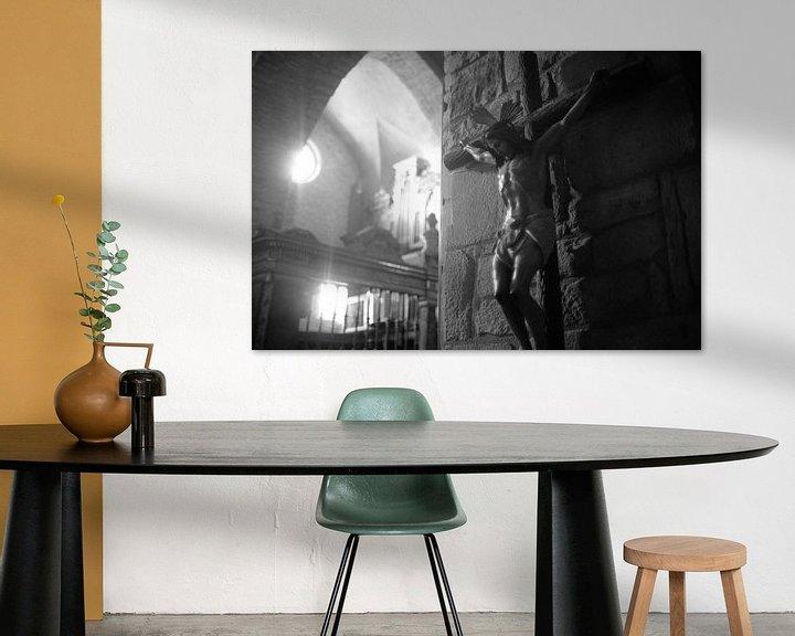 Sfeerimpressie: Jezusbeeld in kerk in Spanje van Rob van Dam