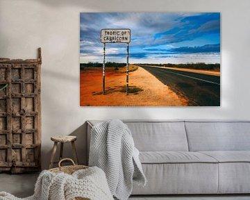 Tropic of Capricorn verkeersbord in Australië van Eveline Dekkers