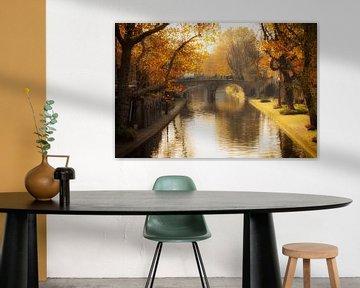 Herfst in Utrecht, De Geertebrug over de (G)Oudegracht in Utrecht in het herfstlicht van De Utrechtse Grachten