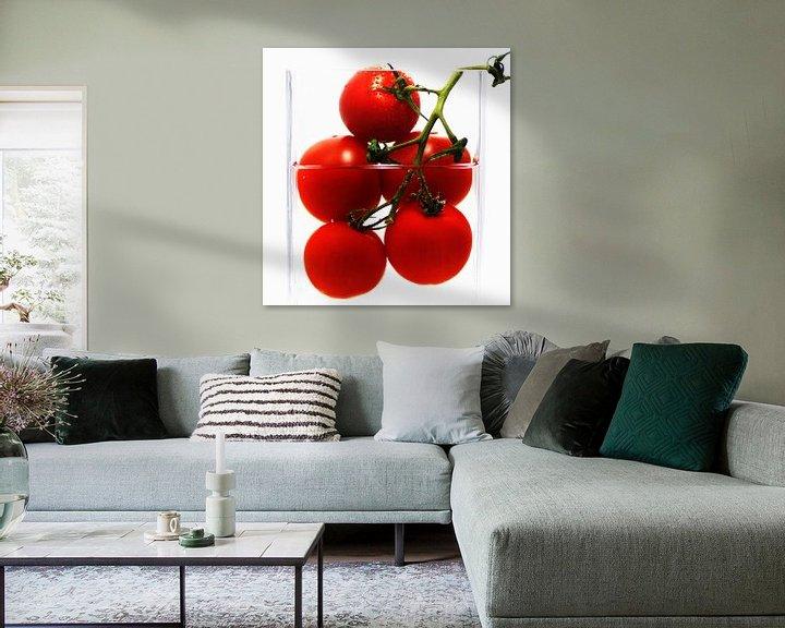 Beispiel: Frische Tomaten im abstrakten Küchenstillleben von Tanja Riedel