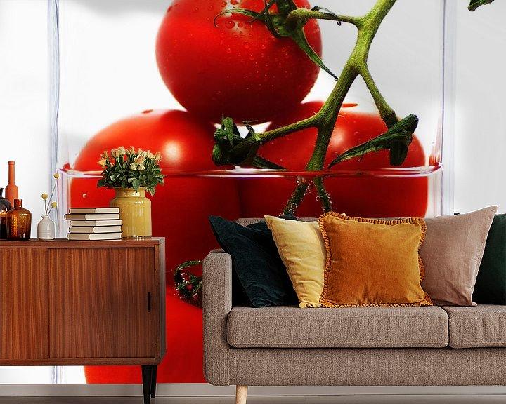 Beispiel fototapete: Frische Tomaten im abstrakten Küchenstillleben von Tanja Riedel