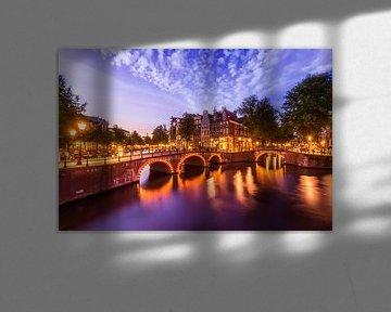 MSTERDAM-avondidylle aan de Keizersgracht en Leidsegracht van Melanie Viola