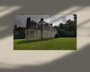 Abandoned Château von Edou Hofstra