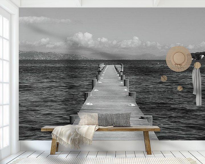 Sfeerimpressie behang: Dreaming in Saint-Tropez van Tom Vandenhende