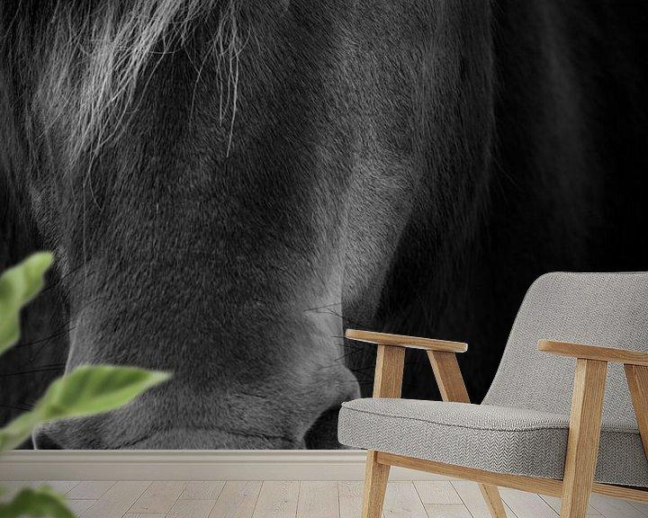 Sfeerimpressie behang: A proud horse van Ruud Peters
