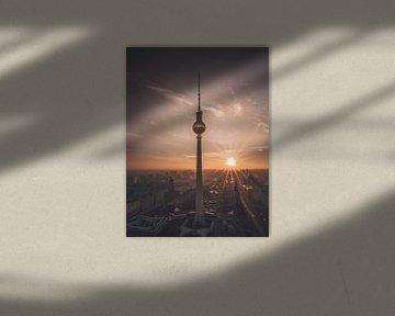 Tour de télévision de Berlin sur Iman Azizi