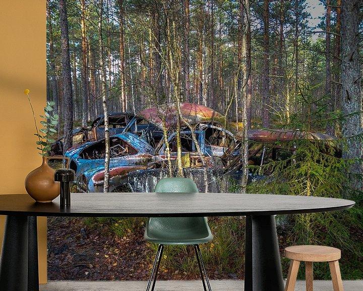 Beispiel fototapete: Verrostete, alte Autos, im Wald zurückgelassen von Patrick Verhoef