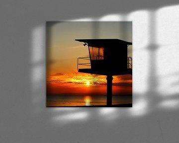 Küstenwache im Morgenrot van Heike Hultsch