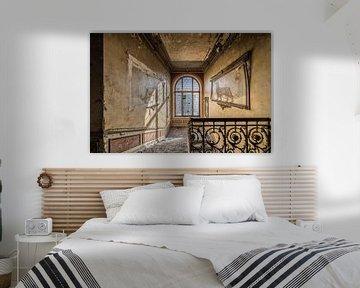 Löwedekoration in verlassener Villa von Inge van den Brande