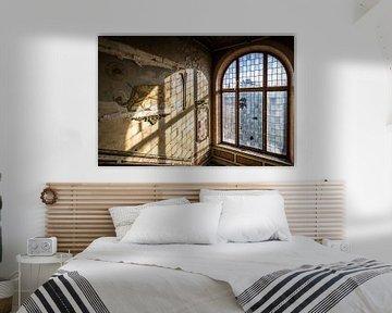 Löwedekoration und Glasfenster von Inge van den Brande
