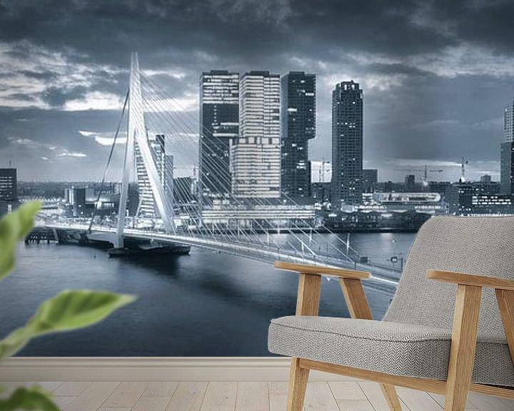 Beispiel fototapete: Skyline Rotterdam Erasmus-Brücke - Metallic-Grau von Vincent Fennis