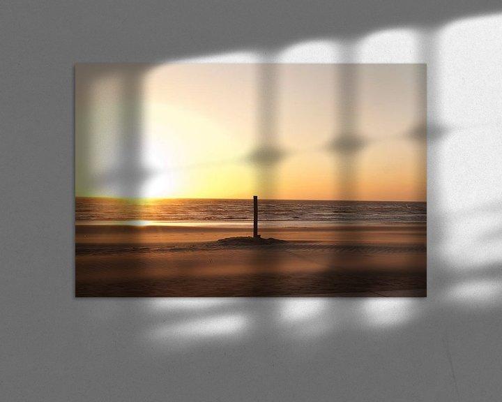 Sfeerimpressie: Rustige zonsondergang Noordwijk Nederland van Doris van Meggelen