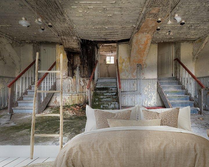 Beispiel fototapete: Verlaten hotel met leuk trappenspel von Joke Absen